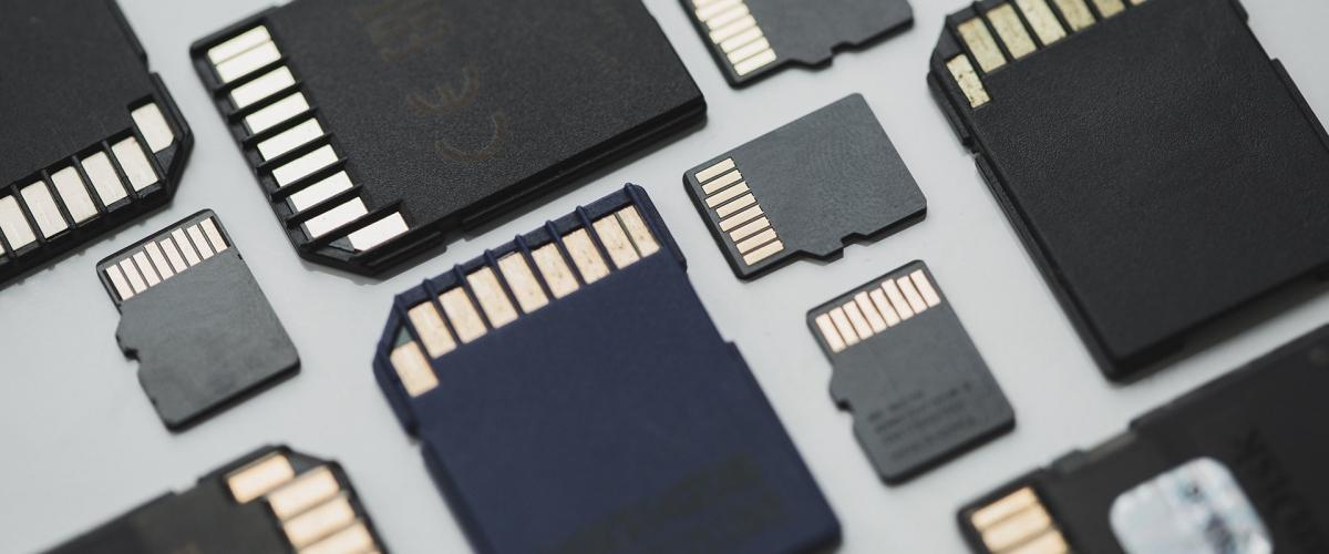 Sử dụng thẻ nhớ microSD