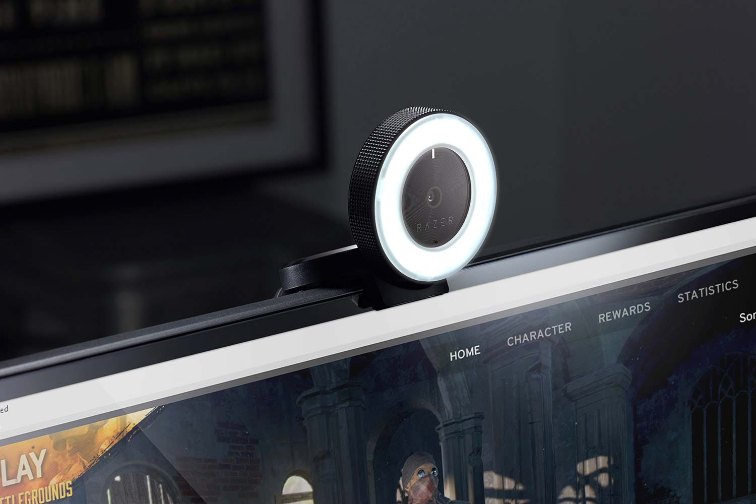 The Razer Kiyo is for anyone who needs a good webcam and it comes with one feature that stands out right off the bat: a big ring of light.