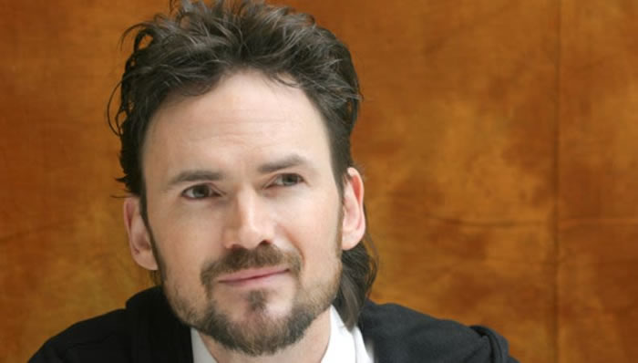 Jeremy Davies voices The Stranger