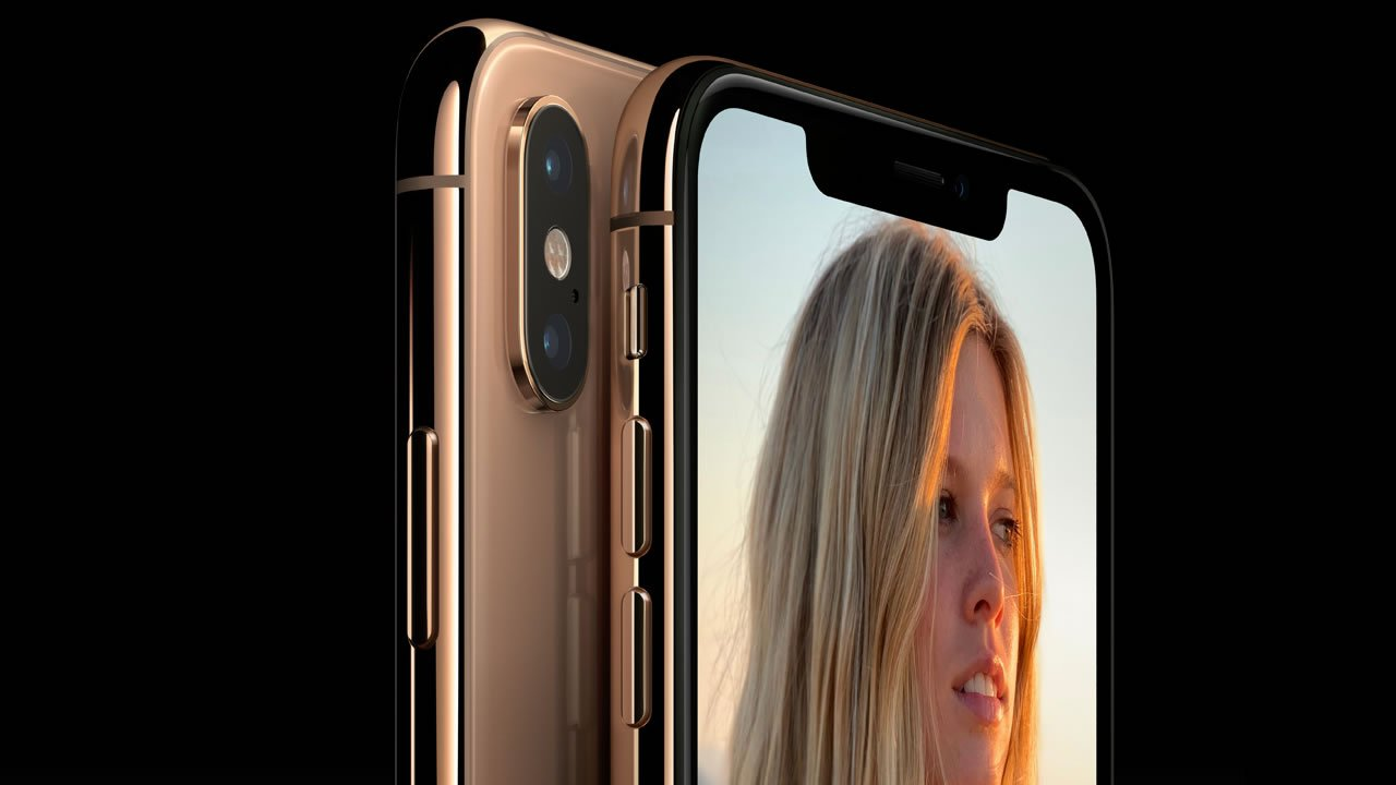 The iPhone XS sports dual 12-megapixel rear cameras.