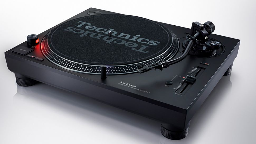 Technics announces SL-1200 MK7 turntable