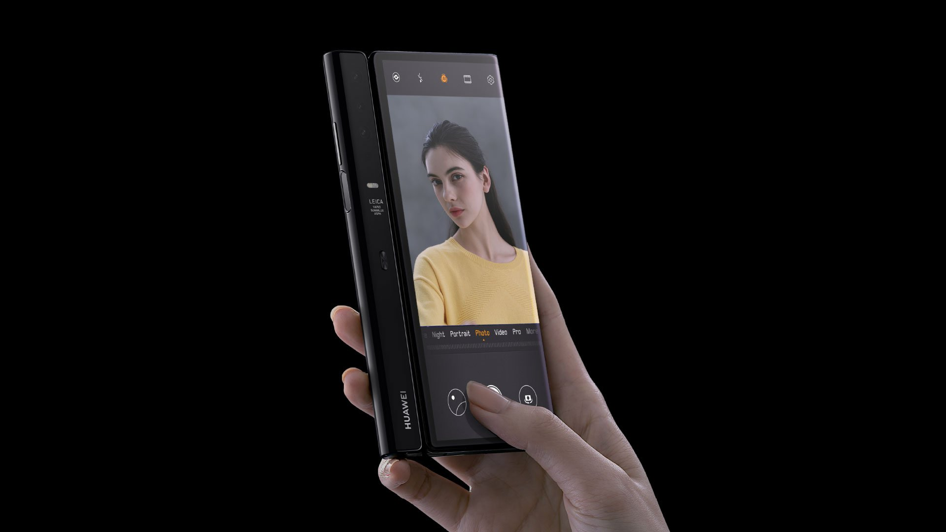 Mate X will offer some unique camera experiences when folded.