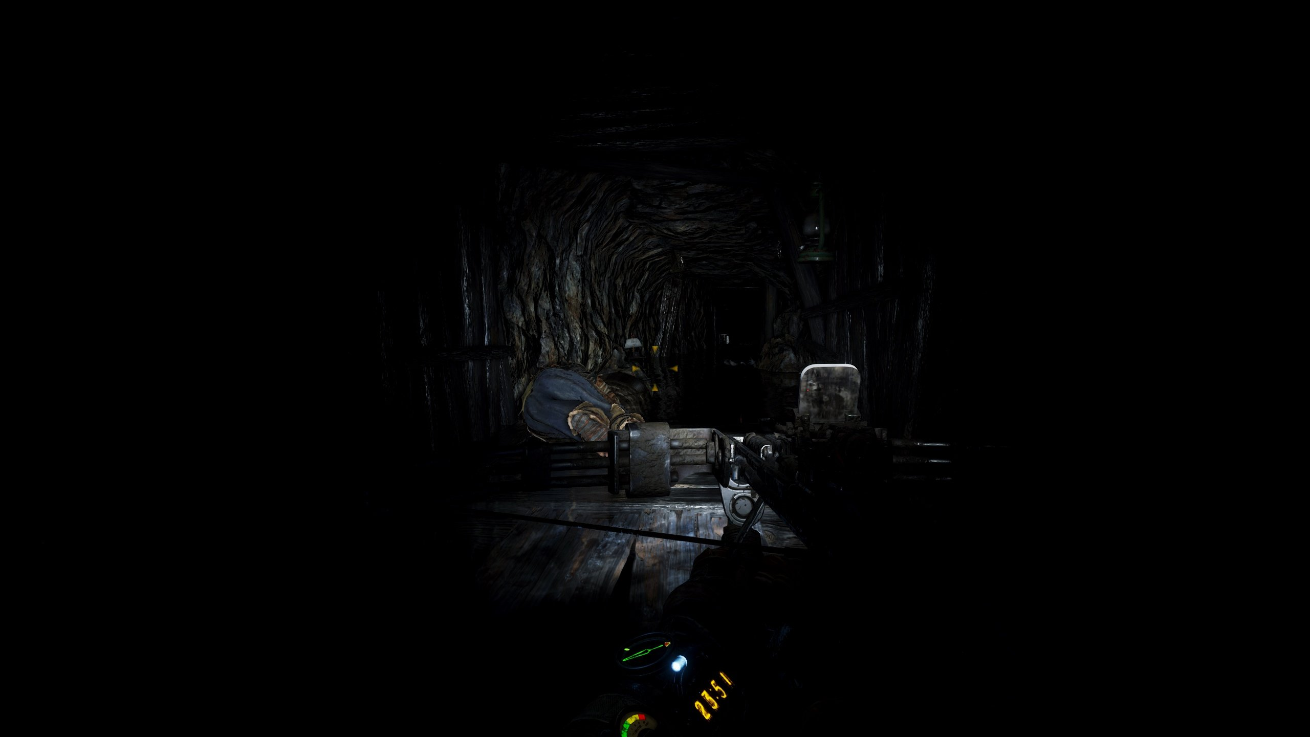 Metro Exodus dark tunnel exploration