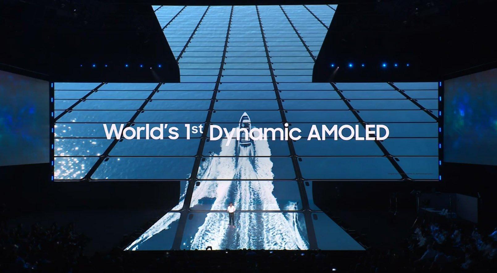 Galaxy S10 Dynamic Amoled display