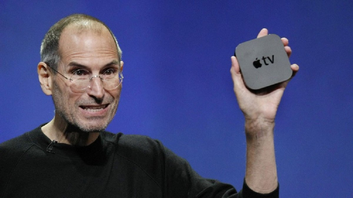 Steve Jobs and the Apple TV, one of Apple's previous innovations.