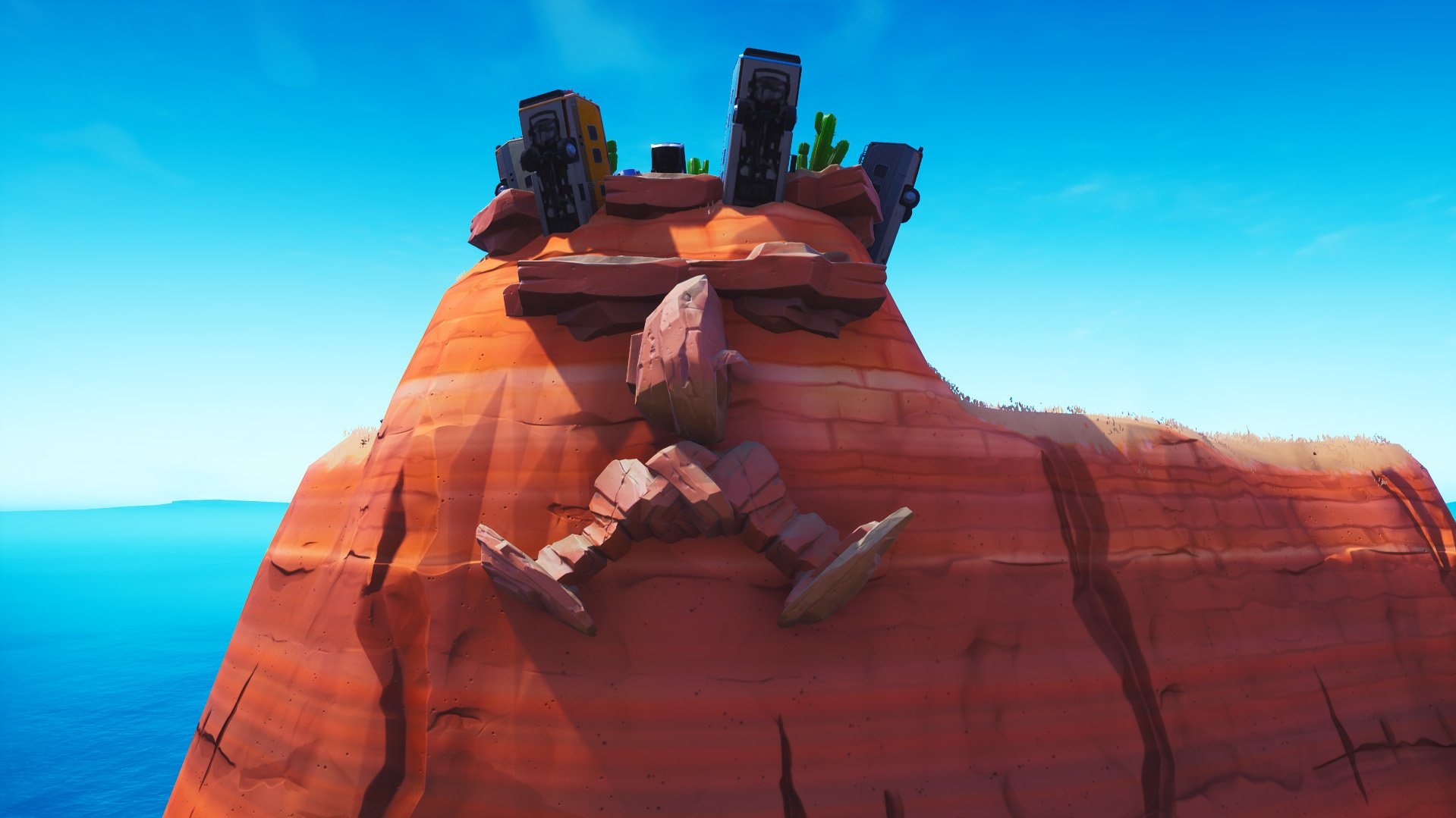 Fortnite giant face with a crown