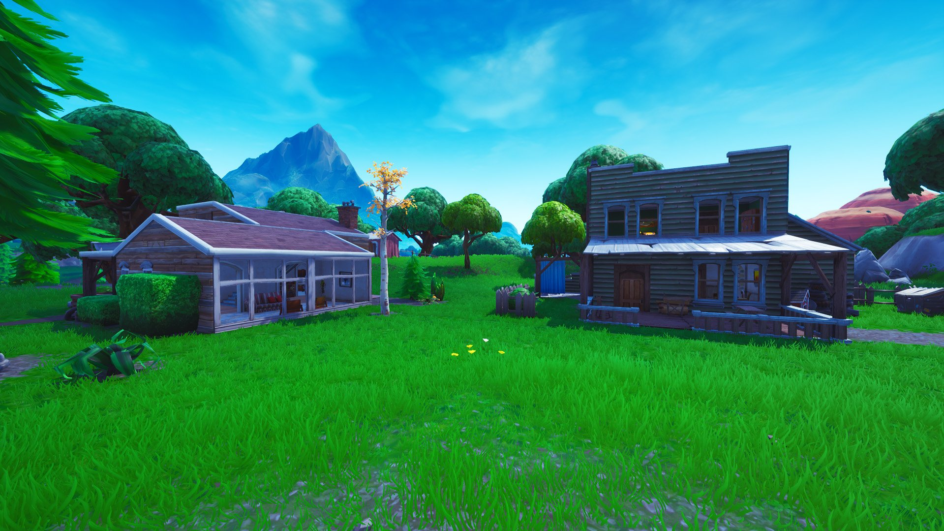 Fortnite houses near Retail Row redesigned