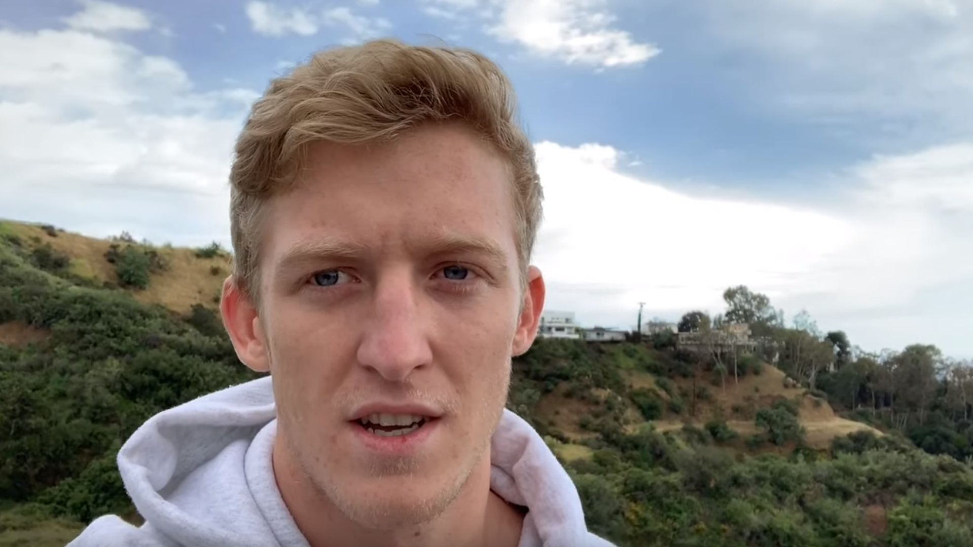 "Turner ""Tfue"" Tenney in his video pressing FaZe to ""release the contract"""
