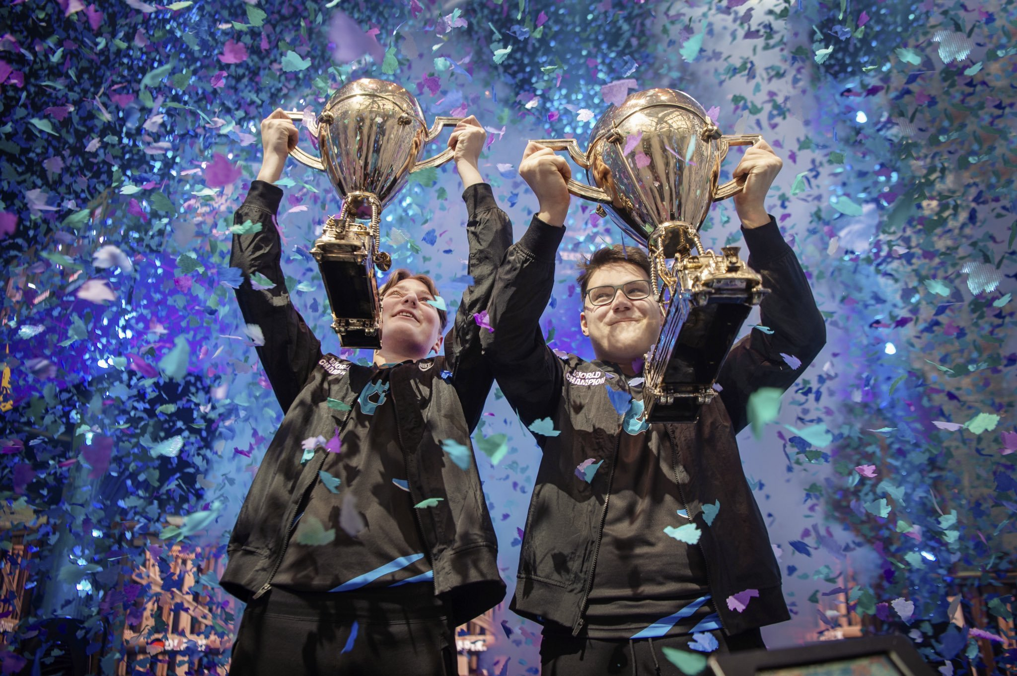 aqua and nyhrox win the fortnite duos world cup
