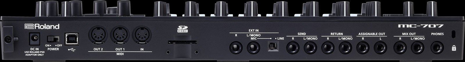The I/O of the MC-707 resembles predecessor grooveboxes.