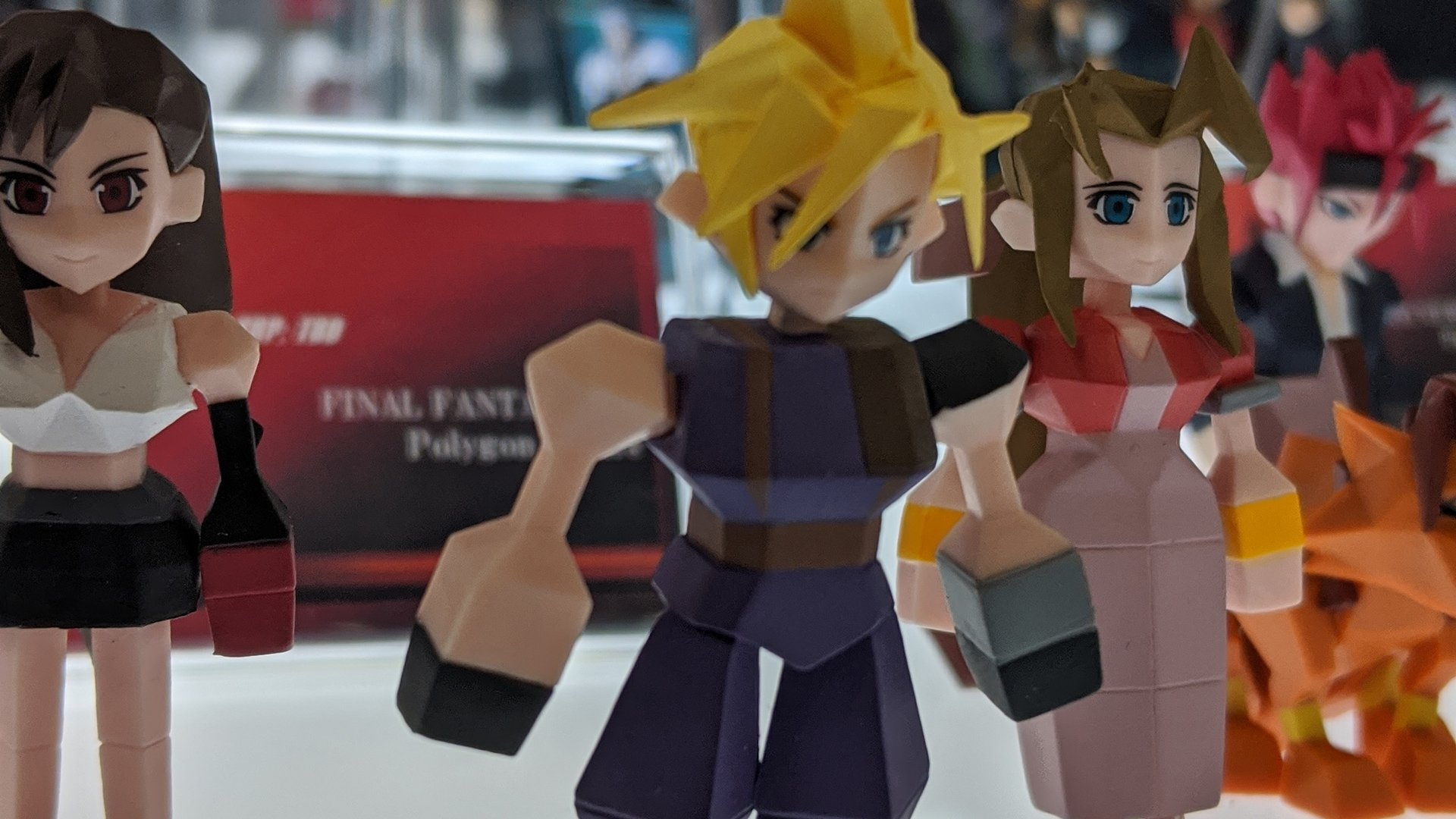 Toy Fair 2020 Square Enix Final Fantasy 7 polygon figures