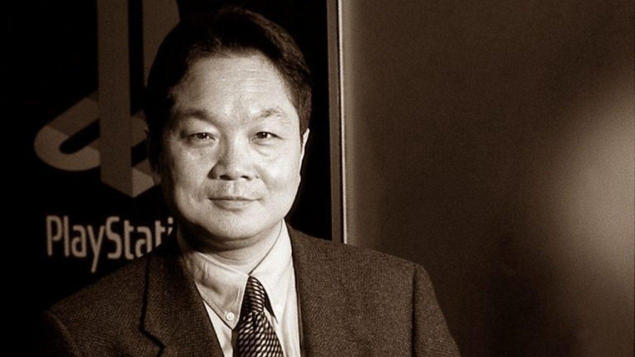 لعب Ken Kutaragi دورًا فعالاً في تصميم قرص SNES PlayStation المضغوط. إن فشل التعاون بين نينتندو وسوني سيدفع Kutaragi لتصميم أول وحدة تحكم سوني بلاي ستيشن وإطلاق إمبراطورية صناعة ألعاب الفيديو.