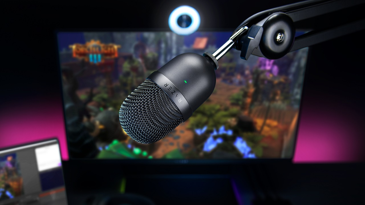 The Razer Seiren Mini can be mounted in both stationary and studio arm orientations.